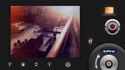 8mm Vintage Camera iPhone App